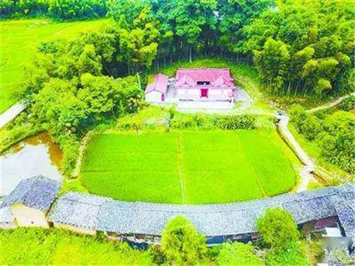 位于上杭县蛟洋乡石背村的傅家祠,是闽西第一所红军医院创办之地.jpg